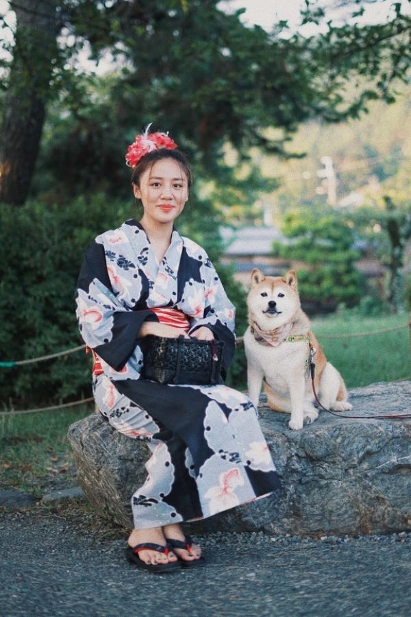 Văn Mai Hương xinh đẹp trong trang phục kimono.