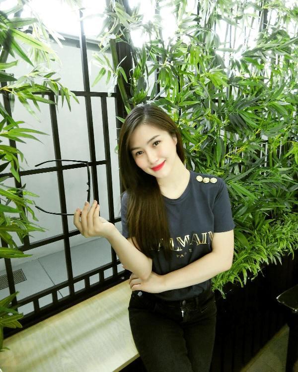 Hương Tràm gặp phải vận xui tháng 7 vì mất tài khoản facebook 3