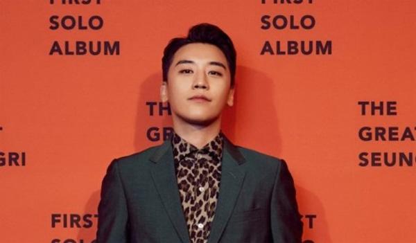 Seungri và BlackPink là 2 cái tên được bật mí sẽ có mặt trong concert tháng 10 tại Hà Nội.